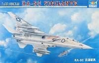 トランペッター1/48 エアクラフト プラモデル米海軍偵察機 RA-5C ヴィジランティ