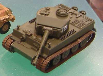 6号戦車 タイガー1 ハイブリッドプラモデル(ハセガワ1/72 ミニボックスシリーズNo.MT055)商品画像_2