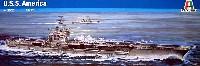 アメリカ航空母艦 U.S.S. アメリカ