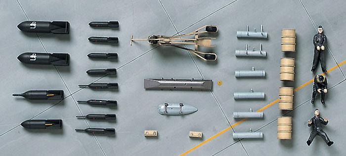 ドイツ空軍 パイロット & 装備品セット W.W.2プラモデル(ハセガワ1/48 エアクラフト イン アクション シリーズNo.X48-009)商品画像_2