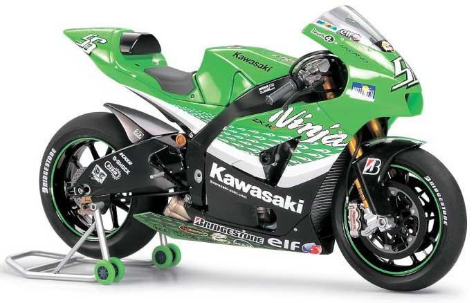 カワサキ ニンジャ ZX-RRプラモデル(タミヤ1/12 オートバイシリーズNo.109)商品画像_1