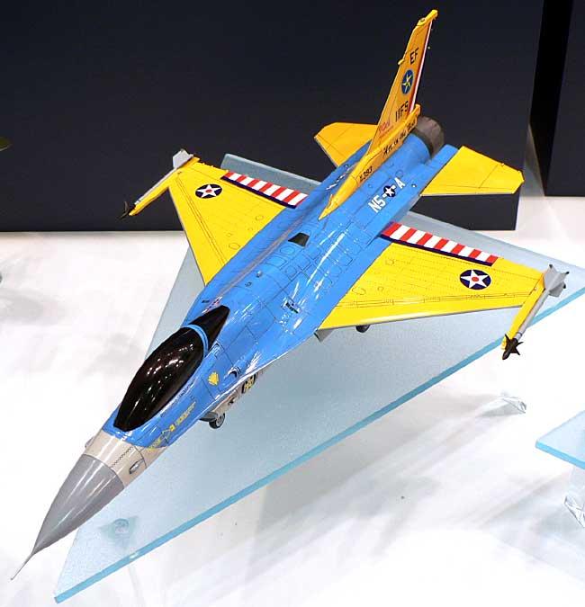 F-16C ファイティングファルコン テキサスANG 111FS 90周年スペシャルプラモデル(ハセガワ1/48 飛行機 限定生産No.09811)商品画像_1