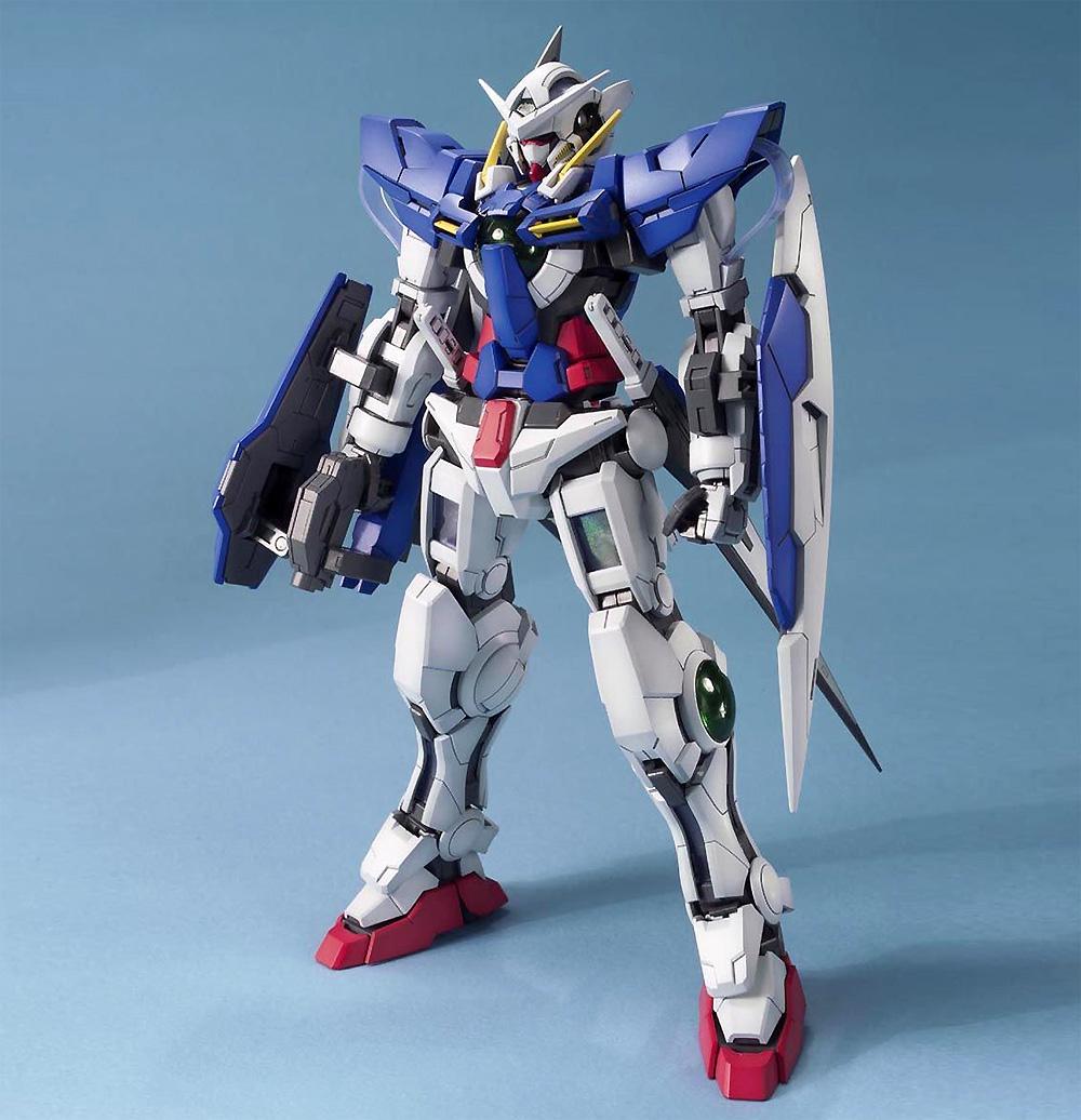 GN-001 ガンダム エクシアプラモデル(バンダイMASTER GRADE (マスターグレード)No.5061586)商品画像_1