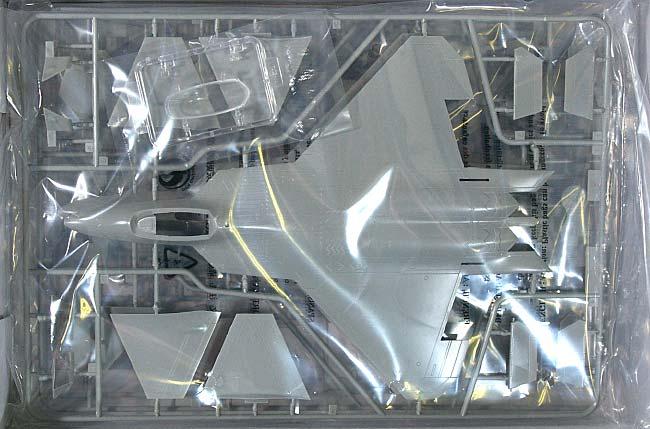 F-22A ラプタープラモデル(ホビーボス1/72 エアクラフト プラモデルNo.80210)商品画像_1
