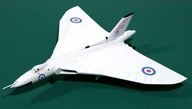 アブロ 698 バルカン B2 イギリス空軍 617Sqn XL361完成品(アブロモデルズダイキャスト製 エアプレーンモデルNo.AVRO001)商品画像_1