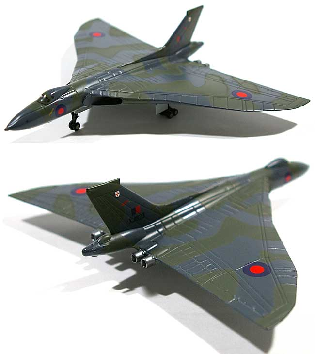 アブロ 698 バルカン B2 イギリス空軍 50SQ XJ823完成品(アブロモデルズダイキャスト製 エアプレーンモデルNo.AVRO002)商品画像_1