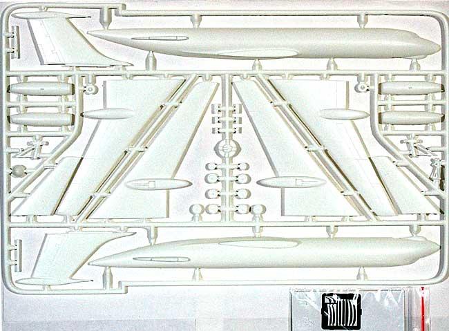 ツポレフ Tu-134 インターフルーク 東ドイツ国営航空プラモデル(AZ model1/144 Airport (エアライナーなど)No.14406)商品画像_2