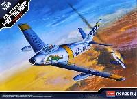 アカデミー1/48 Scale AircraftsF-86F セイバー ハフ・ザ・ドラゴン (限定版)