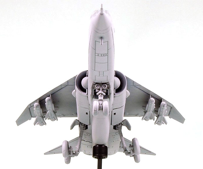 イギリス空軍 TSR.2 攻撃機仕様プラモデル(ピットロードSN 航空機 プラモデルNo.SN012)商品画像_2