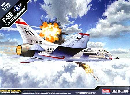 F-8E クルセイダー VF-111 サンダウナーズプラモデル(アカデミー1/72 Scale AircraftsNo.12434)商品画像