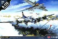 アカデミー1/72 AircraftsB-17G フライングフォートレス 15th Air Force