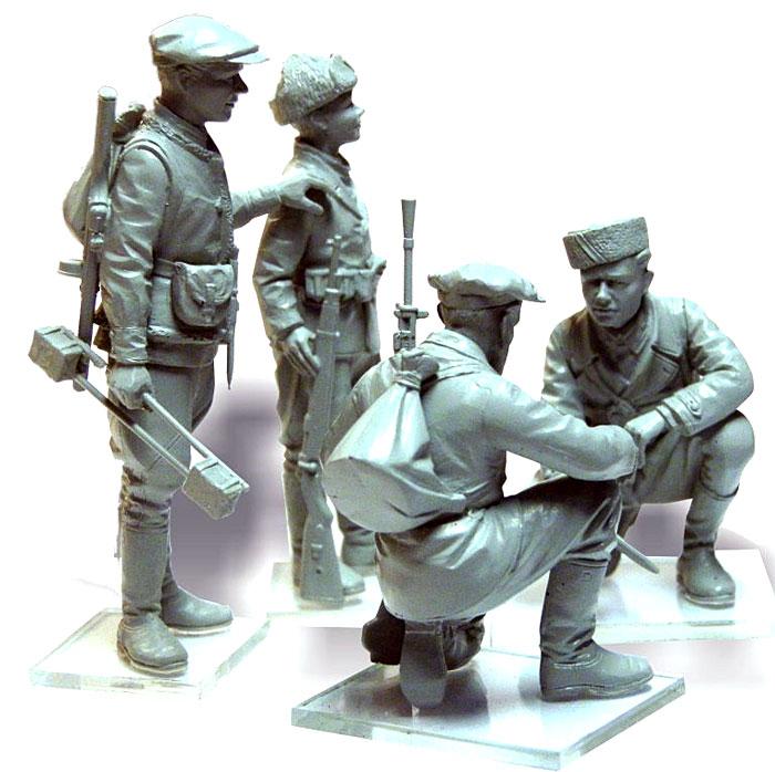 WW2 ロシア パルチザン兵士プラモデル(ICM1/35 ミリタリービークル・フィギュアNo.35631)商品画像_4