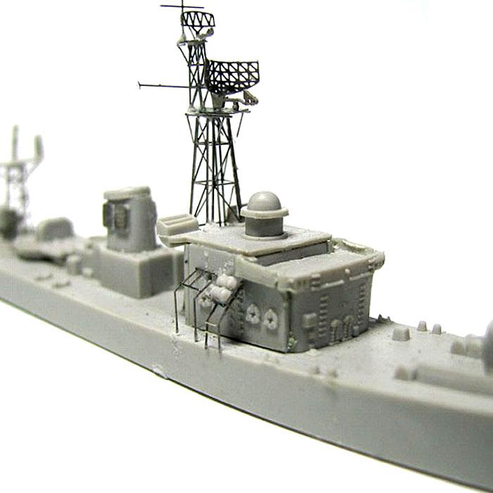 海上自衛隊 護衛艦 DE-211 いすず (エッチングパーツ付)プラモデル(ピットロード1/700 スカイウェーブ J シリーズNo.J-056E)商品画像_2