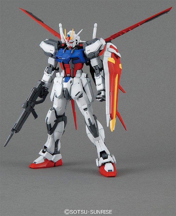 GAT-X105 エールストライクガンダム Ver.RMプラモデル(バンダイMASTER GRADE (マスターグレード)No.0181349)商品画像_3