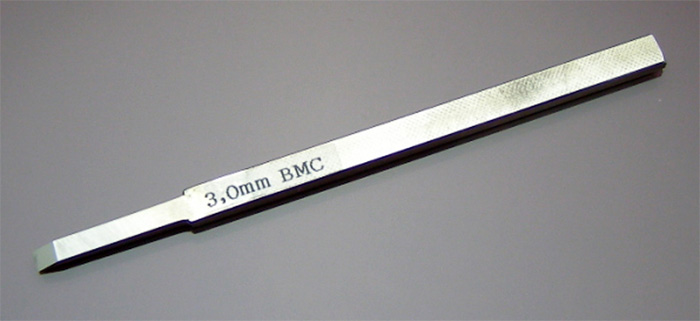 BMCタガネ 3.0mmタガネ(スジボリ堂BMCタガネNo.T-300)商品画像_1