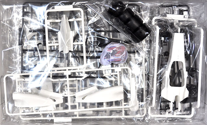 ザウバー C31 スペインGP (1/8 小林可夢偉 レジン製 ヘルメット付)プラモデル(フジミ1/20 GPシリーズ SP (スポット)No.SP027)商品画像_1