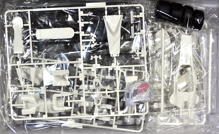 ザウバー C31 日本GP (1/8 小林可夢偉 レジン製 ヘルメット付)プラモデル(フジミ1/20 GPシリーズ SP (スポット)No.SP029)商品画像_1
