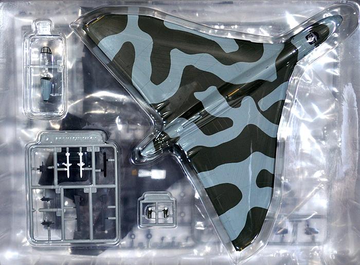イギリス空軍 戦略爆撃機 バルカン B.2プラモデル(ピットロード1/144 塗装済み組み立てモデル (SNP-×)No.SNP-011)商品画像_1