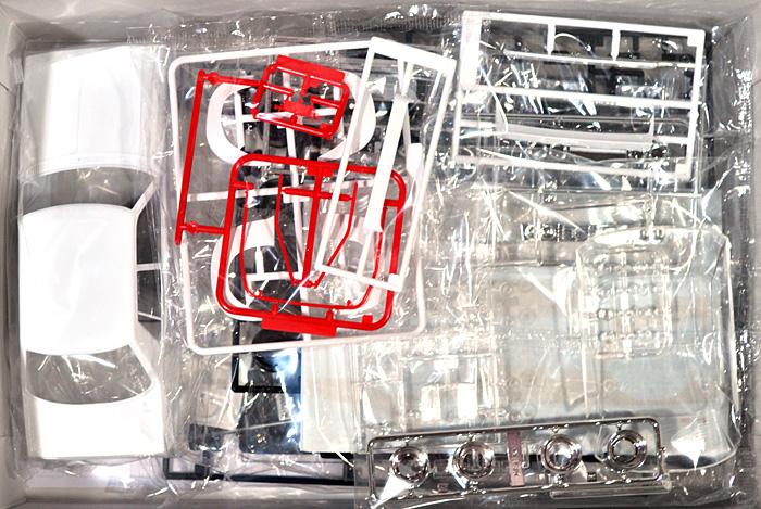 LBワークス ジャパン 4Drプラモデル(アオシマ1/24 リバティーウォークNo.001)商品画像_1