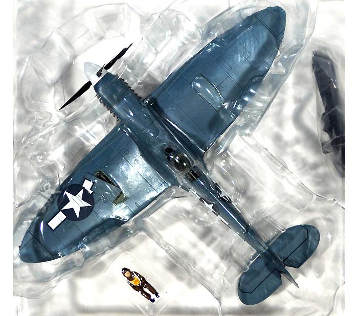 スピットファイア PR.Mk.9 第7写真偵察飛行隊完成品(ホビーマスター1/48 エアパワー シリーズ (レシプロ)No.HA7606)商品画像_1
