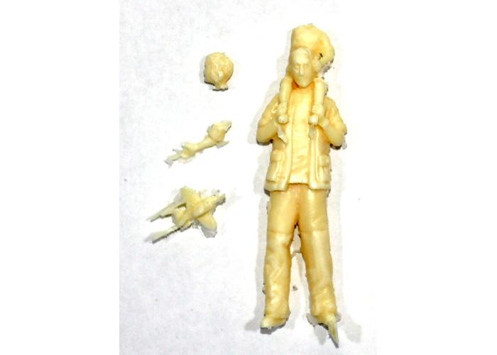 現代民間人 (肩車)レジン(紙でコロコロ1/35 TROOPS & PEOPLESNo.1-035-022)商品画像_1