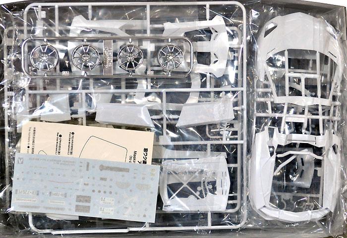 ランボルギーニ アヴェンタドール LP700-4 ロードスタープラモデル(アオシマ1/24 スーパーカー シリーズNo.012)商品画像_1
