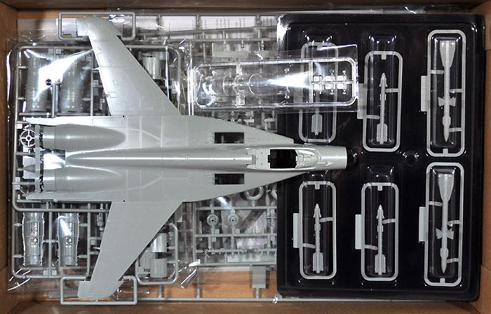 MiG-29 9-12 JG73 オペレーションスナイパー 2003プラモデル(グレートウォールホビー1/48 ミリタリーエアクラフト プラモデルNo.S4801)商品画像_1