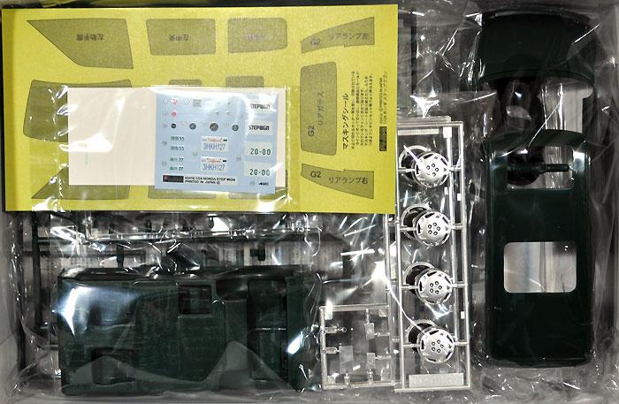 ステップワゴン Gタイプ 2WD/4WDプラモデル(フジミ1/24 インチアップシリーズNo.058)商品画像_1