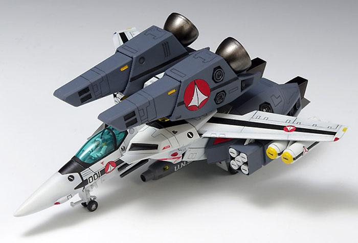 VF-1S スーパーバルキリー ファイター ロイ・フォッカー仕様プラモデル(ウェーブ超時空要塞マクロス シリーズNo.009)商品画像_1