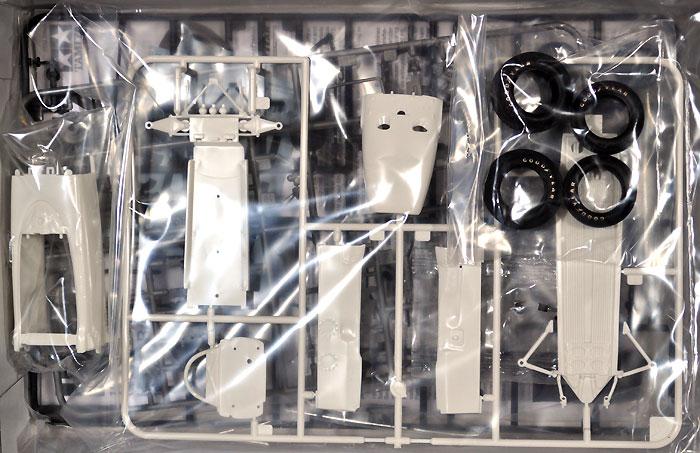 ホンダ RA272プラモデル(タミヤ1/20 グランプリコレクションシリーズNo.043)商品画像_1