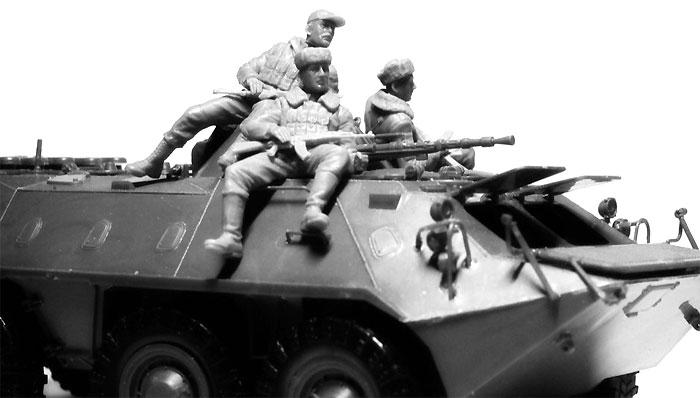 ソビエト 装甲兵員輸送車 搭乗兵 (1979-1991)プラモデル(ICM1/35 ミリタリービークル・フィギュアNo.35637)商品画像_3
