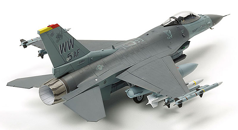 ロッキード マーチン F-16CJ ブロック50 ファイティング ファルコン (フル装備仕様)プラモデル(タミヤ1/72 ウォーバードコレクションNo.088)商品画像_2