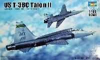 トランペッター1/48 エアクラフト プラモデルT-38C タロン 2