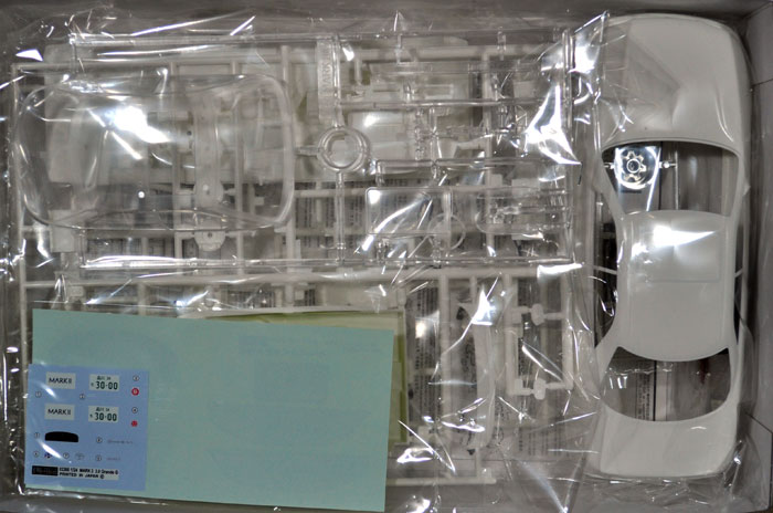 トヨタ マーク 2 3.0 グランデGプラモデル(フジミ1/24 インチアップシリーズNo.118)商品画像_1