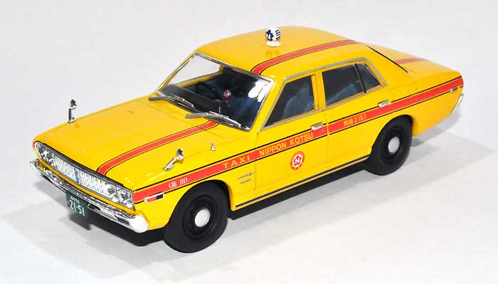 ニッサン セドリック 日本交通タクシー (1973年式)ミニカー(トミーテックトミカリミテッド ヴィンテージ ネオ 43No.LV-N043-010a)商品画像_1