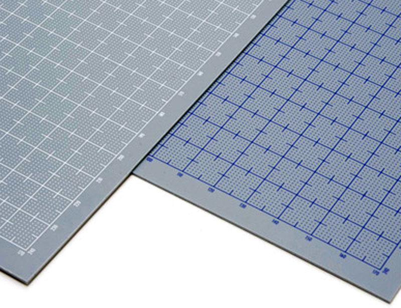 プラ=プレート (グレー) 目盛付き (目盛印刷色:ホワイト) (厚さ:0.5mm)プラ板(ウェーブマテリアルNo.OM-302)商品画像_1