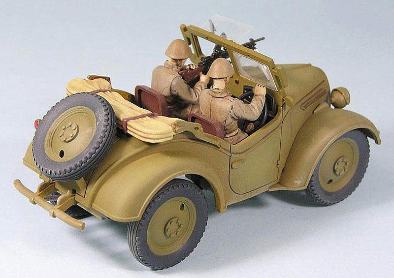 日本陸軍 九五式 小型乗用車 くろがね四起プラモデル(ピットロード1/35 グランドアーマーシリーズNo.G038)商品画像_2