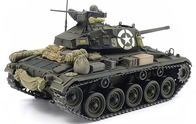 アメリカ軽戦車 M24 チャーフィープラモデル(タミヤタミヤ イタレリ シリーズNo.37020)商品画像_2
