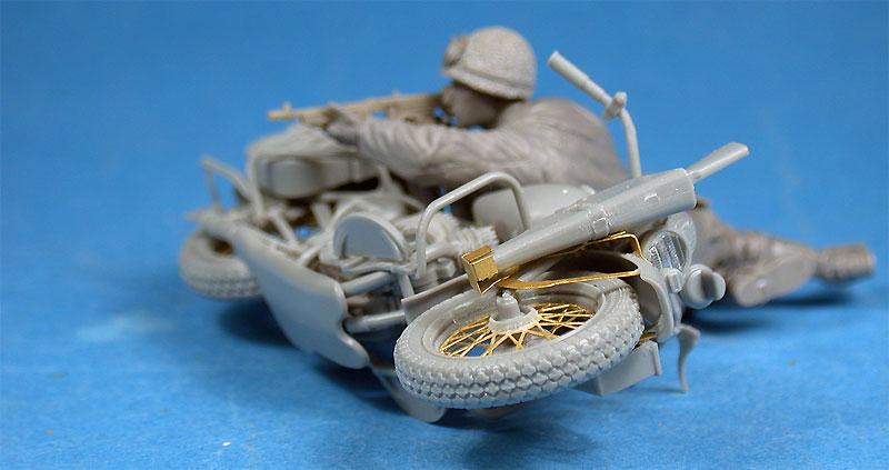 アメリカ モーターサイクル WLA w/ライフルマンプラモデル(ミニアート1/35 WW2 ミリタリーミニチュアNo.35179)商品画像_2