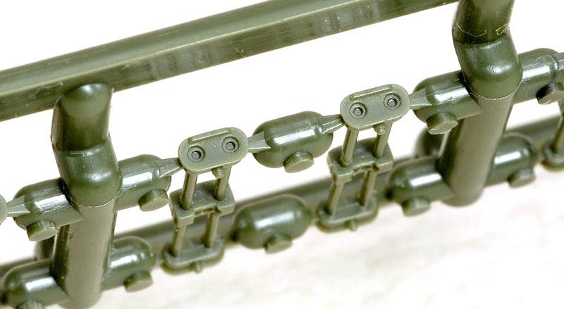 M4 シャーマン HVSS T80/T84 連結可動キャタピラ改造キット (アスカモデル用)プラモデル(ラウペンモデル連結可動キャタピラNo.35-011)商品画像_2