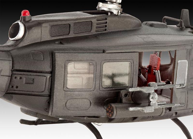 ベル UH-1H ガンシッププラモデル(レベル飛行機モデルNo.04983)商品画像_2