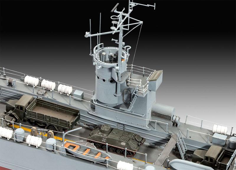レベル ドイツ LSM EIDECHSE-CLASS 1/144 艦船モデル 05139 プラモデル