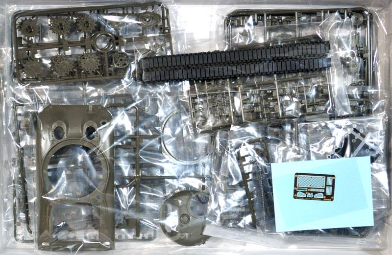 アメリカ中戦車 M4A1 シャーマン (中期型)プラモデル(アスカモデル1/35 プラスチックモデルキットNo.35-010)商品画像_1