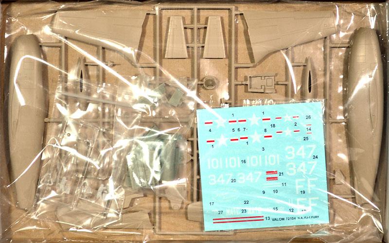 ノースアメリカン FJ-1 フューリー (NAR、NATC)プラモデル(バロムモデル1/72 エアクラフト プラモデルNo.72104)商品画像_1