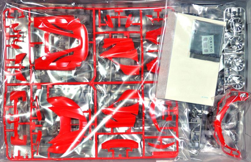 フェラーリ FXX Kプラモデル(タミヤ1/24 スポーツカーシリーズNo.343)商品画像_1