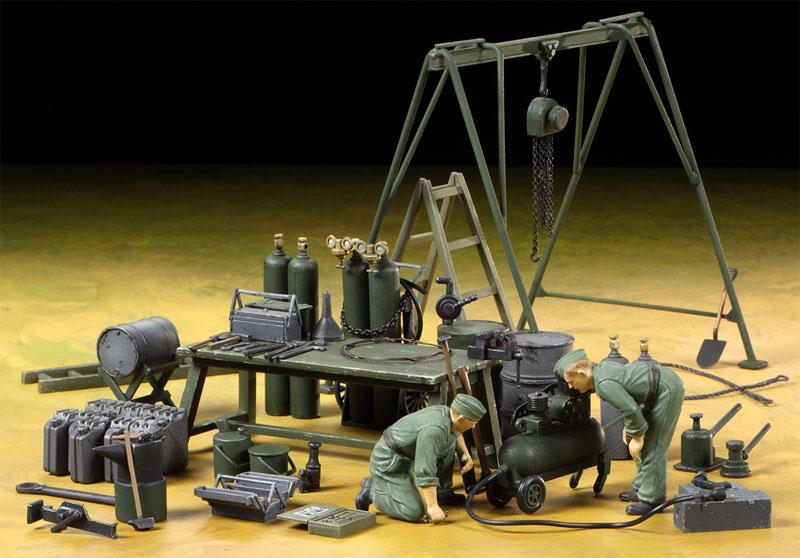 ドイツ野戦整備チーム 装備品セットプラモデル(タミヤタミヤ イタレリ シリーズNo.37023)商品画像_2