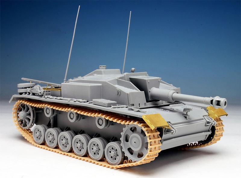 ドイツ 10.5cm 突撃榴弾砲42 E/F型プラモデル(ドラゴン1/35 '39-'45 SeriesNo.6834)商品画像_3