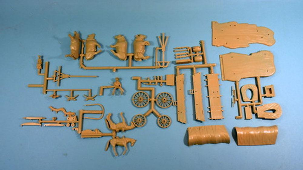 カバードワゴン (幌牛車)プラモデル(グレンコモデルプラスチックモデル組立キットNo.05402)商品画像_1