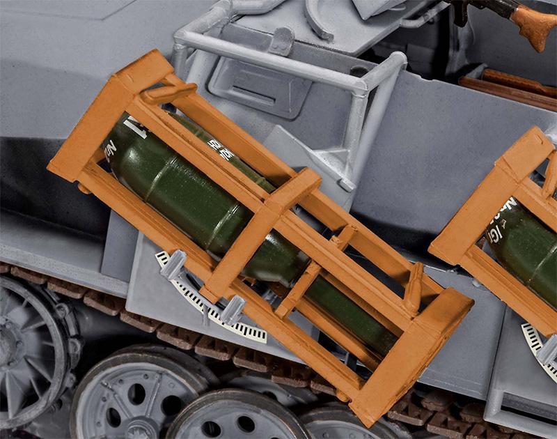 Sd.Kfz.251/1 Ausf.B グランドスツーカプラモデル(レベル1/35 ミリタリーNo.03248)商品画像_4