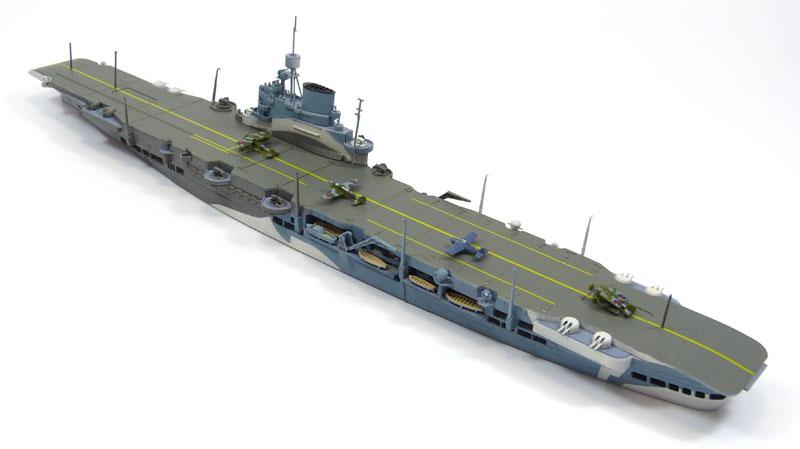 英国海軍 航空母艦 イラストリアスプラモデル(アオシマ1/700 ウォーターラインシリーズNo.718)商品画像_2